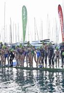 115 valientes volvieron a tirarse al agua para los que no tienen nada